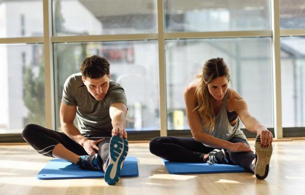 Etirement mollet : avantages, exercices et conseils pratiques